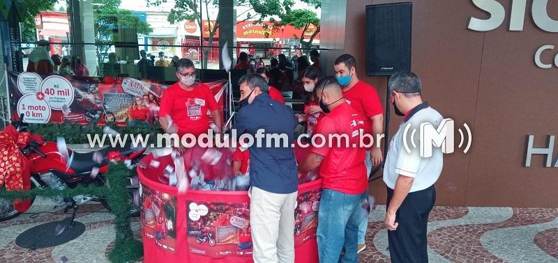 """ACIP/CDL realizam sorteio da campanha """"Natal Mais Que Presente"""""""