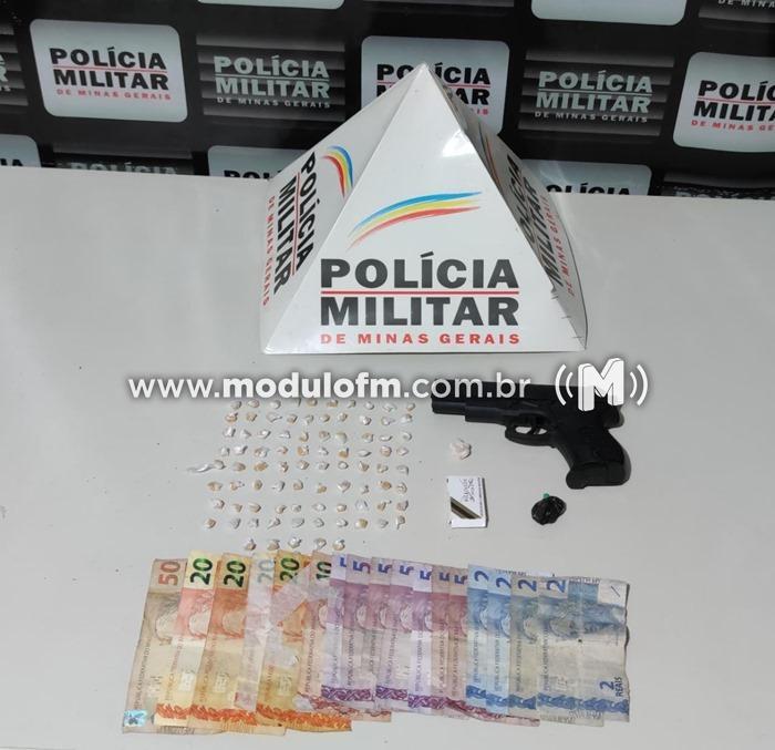 Autores são presos por tráfico de drogas no Santo Antônio