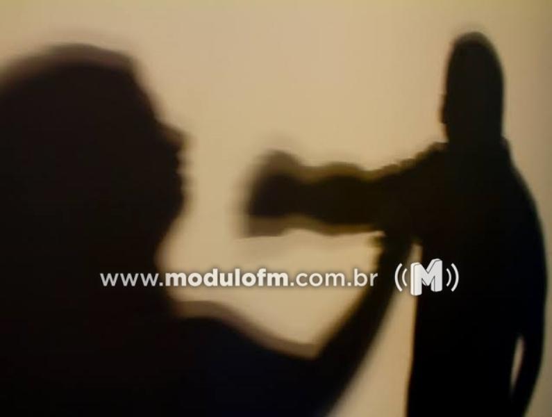 Mulher é agredida e roubada na avenida João Alves do Nascimento