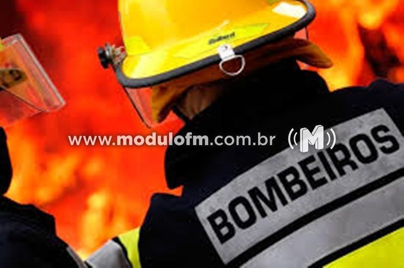 Botijão pega fogo e assusta funcionários de lanchonete em Patrocínio