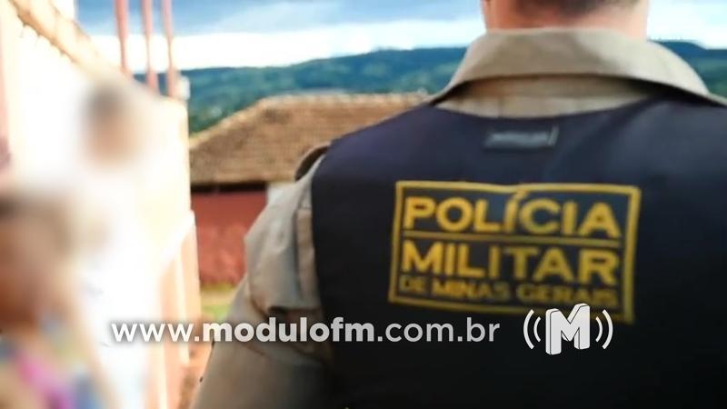 Jovem é preso por importunação sexual e com drogas em Douradoquara