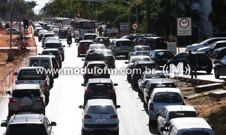 Taxa de Licenciamento de veículos vence hoje (31)