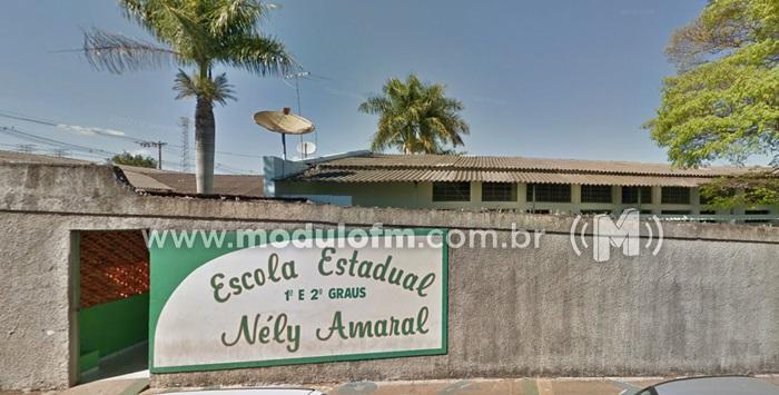 Escola Estadual Nely Amaral, oferece vaga para professor
