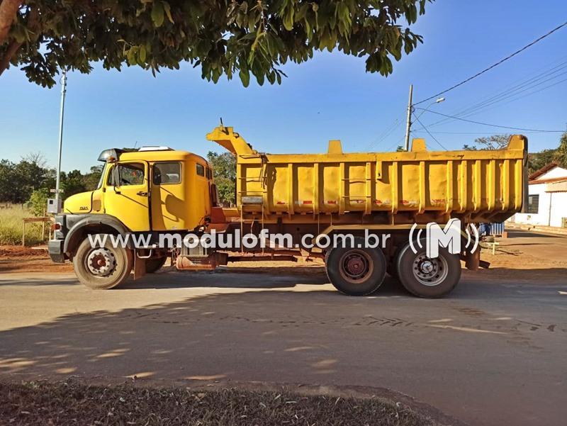 Caminhão adulterado é apreendido durante vistoria de transferência de...