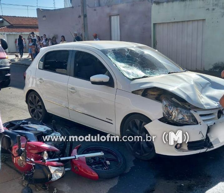 Motociclista fica gravemente ferido após colisão com veículo no...