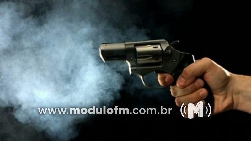 Jovem patrocinense leva tiro durante assalto em festa na cidade de Patos de Minas