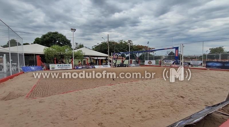 """Reconstrução do Centro Esportivo """"Paulo César de Lima"""" é..."""